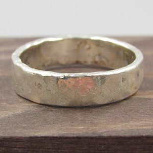 Jewelry - Size 8 Sterling Silver Simple Hammered Band Ring